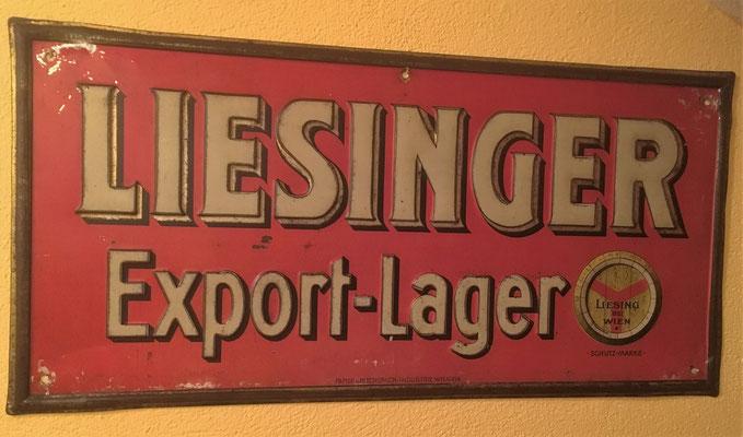 055 Brauerei Liesing, Blech, Abm. 25 cm x 50 cm, Impressum: Papier u. Blechdruck Industrie Wien XIX, ca. 1920