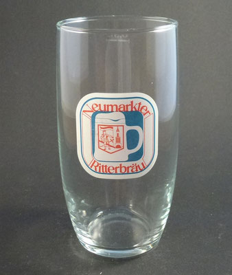 Neumarkt, Bezirk Grieskirchen, OÖ  (Glas von ca. 1960)
