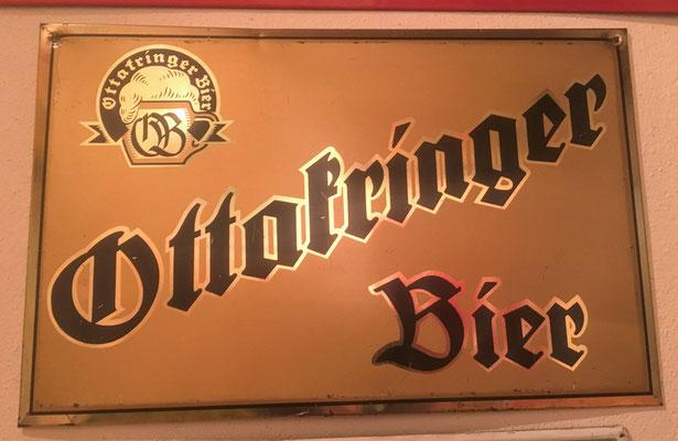 060 Brauerei Ottakring, Pappe/Blech, Abm. 22 cm x 34,5 cm, kein Impressum, ca, 1950