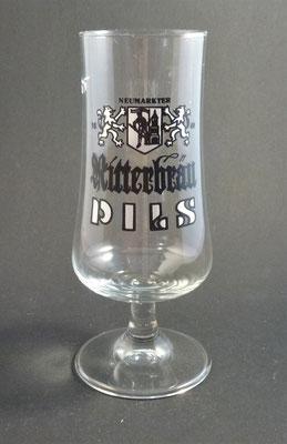 Neumarkt, Bezirk Grieskirchen, OÖ  (Glas von ca. 1970)