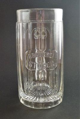 OE143, Brauerei Stöger, Braunau, OÖ, + 1922  (Glas von ca. 1900)