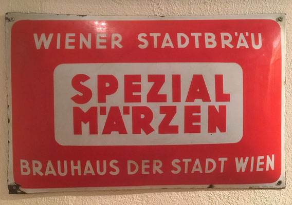 015 Wiener Stadtbräu, Email, Abm. 32 cm x 50 cm, Impressum: Stegemail Wien XVI, ca. 1940