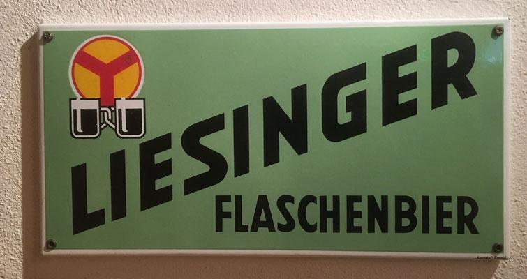 020 Brauerei Liesing, Email, Abm. 25 cm x 50 cm, Impressum: Austria Email, ca. 1950