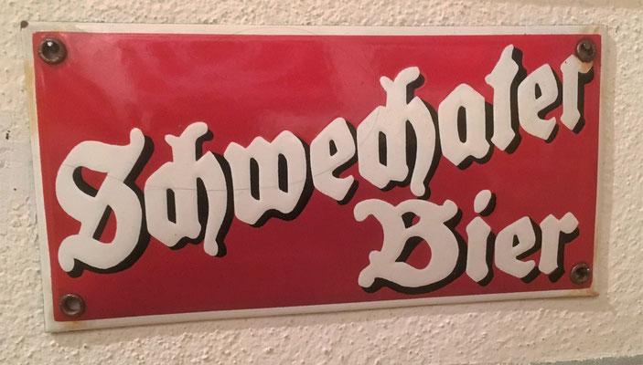 078 Brauerei Schwechat, Email, Abm. 10 cm x 20 cm, Impressum hinten: Austria Email, ca. 1950