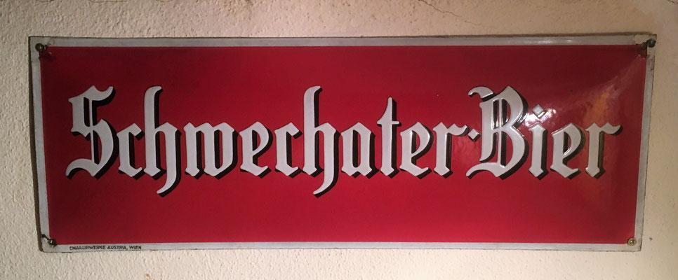 064 Brauerei Schwechat, Email,  Abm. 50cm x 18 cm, Impressum: Emaillirwerke Austria Wien,  ca. 1920