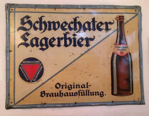 006 Brauerei Schwechat, Blech, Abm. 30 cm x 39,5 cm, Impressum: Papier u. Blechdruck Industrie Wien XIX, ca. 1910