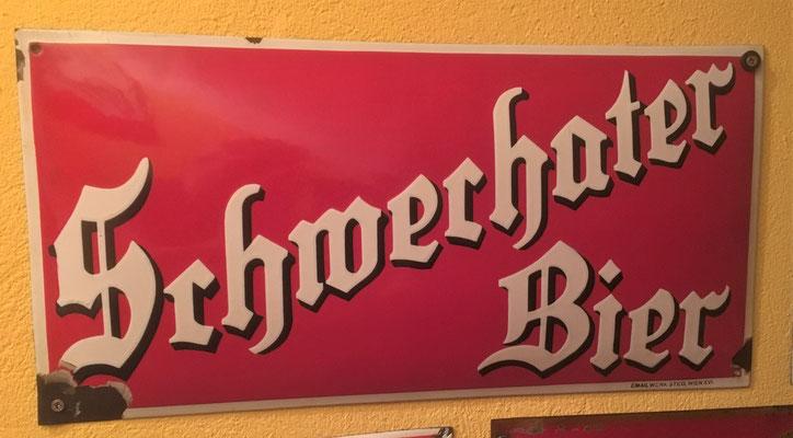 90 Brauerei Schwechat, Email, Abm. 25 cm x 50 cm, Impressum: Email Werk Steg, Wien XVI, ca. 1925