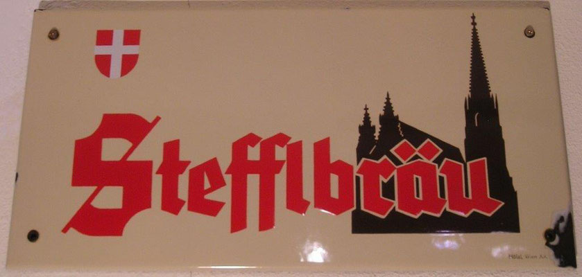 029 Wiener Stadtbräu, Email, Abm. 25 cm x 50 cm, Impressum: Hölzl, Wien XX, ca. 1950