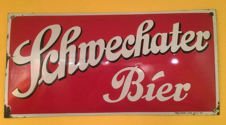 041 Brauerei Schwechat, Email, Abm. 25 cm x 50 cm, Impressum: Emailwerk Steg Wien XVI, ca. 1925