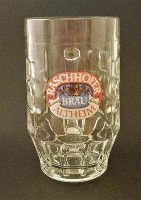 OE110, Brauerei Raschhofer, Altheim,  Bezirk Braunau, OÖ  (Glas von ca. 1980)