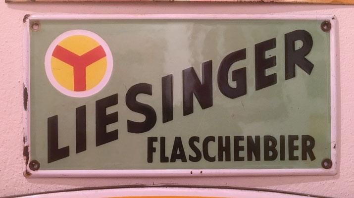 035 Brauerei Liesing, Email, Abm. 15,5 cm x 31 cm, kein Impressum, ca. 1930