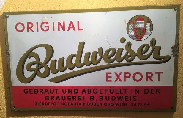 087 Kolarik Wien, Abfüller Budweiser in Wien, Email, 36 cm  x 59 cm, kein Impressum, ca. 1950