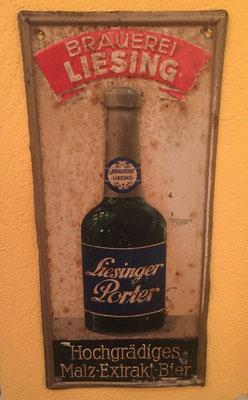 043 Brauerei Liesing, Blech, Abm. 36,5 cm x 16,5 cm, Impressum: Papier u. Blechdruck Industrie Wien XIX, ca. 1920