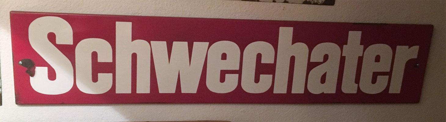 083 Brauerei Schwechat, Email, Abm. 18,5 cm x 89 cm, kein Impressum, ca. 1970