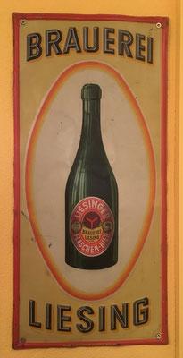 042 Brauerei Liesing, Blech, Abm. 50 cm x 23,5cm, Impressum: Papier u. Blechdruck Industrie Wien XIX, ca. 1900