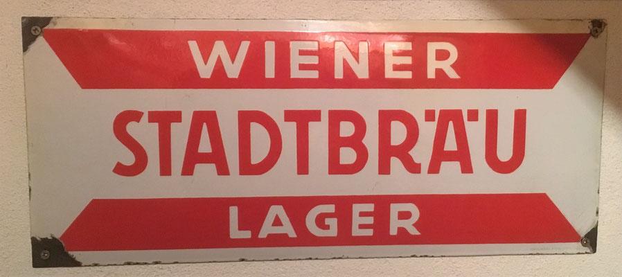 053 Wiener Stadtbräu, Email, Abm. 21 cm x 49,5 cm, Impressum. Emailwerk Steg Wien XVI, ca. 1930