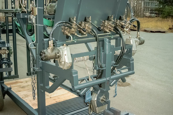 Klauenpflegestand günstig preiswert hochwertig Stahlbau Stahl individuell modern Details vollhydraulisch hydraulisch Klauenpflege Klauen Pflege robust langlebig