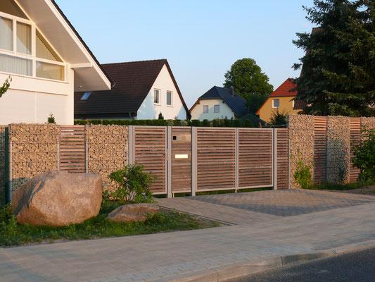 profi Gabionen günstig preiswert Zaun Zäune Zaunbau Metallbau Anlagenbau Balkone Metall Schlossere individuell Maß Stahl Stahlbau Einfassung