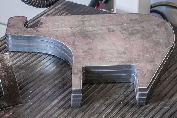 drehen fräsen Zerspanung cnc zuschnitt Lohnfertigung Metallbau Stahlbau Anlagenbau plasmaschnitt Fertigung körnen markieren scannen fase schneiden Bauteil Bauteile