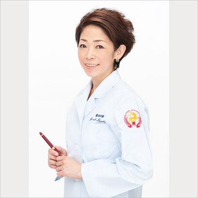 千代田区外神田の稲葉歯科医院 院長 稲葉由里子先生