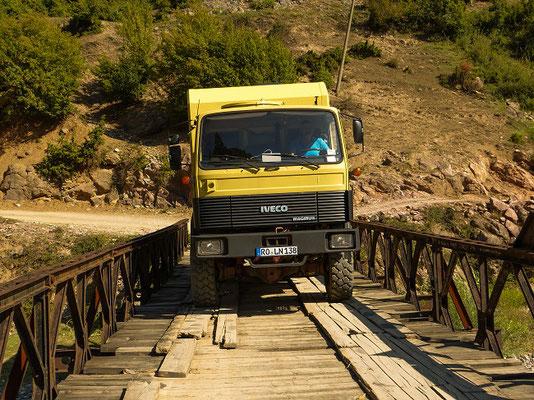 erste Brücke