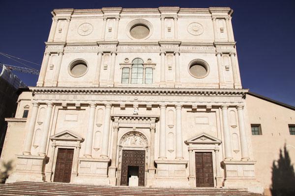 L'Aquila, Basilica di San Bernardino