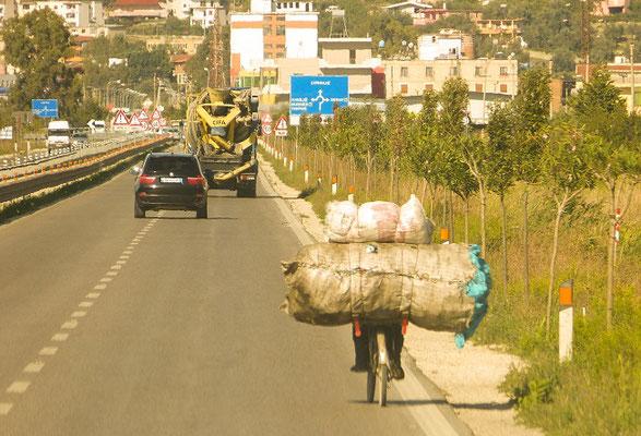 Autobahn nach Tirana
