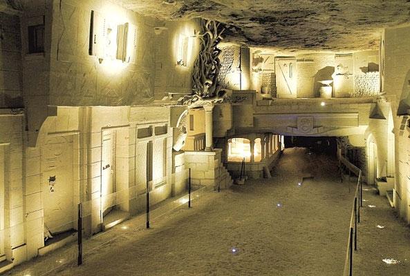 Ville souterraine et champignonnière de la Cave des Roches