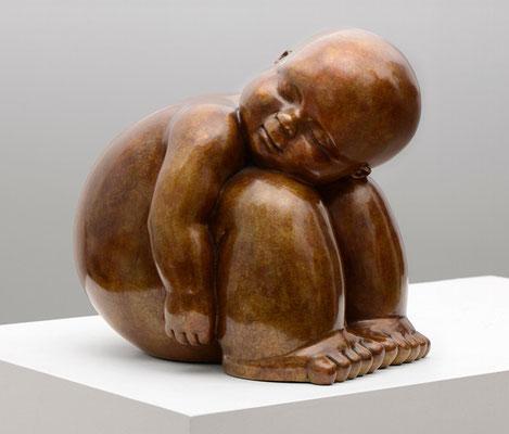 Confianza               -               bronce              -               21x51x28 cm.