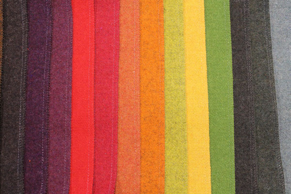 tissu 75%laine,25%polyamide