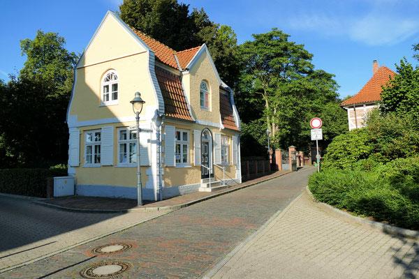 Das Gärtnerhaus und damaliges Offiziershaus am Schloss Ritzebüttel