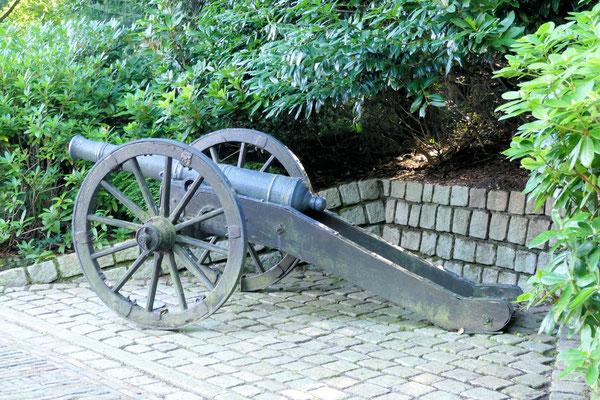 Geschütz am Schloss Ritzebüttel