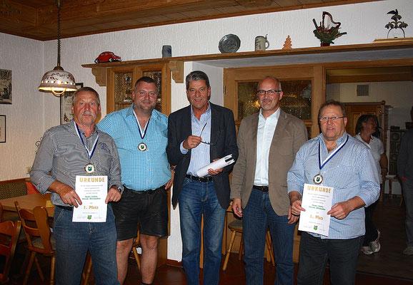 1. Platz im Mannschaftswettbewerb: Bauer, Löcker, Nirschl, Wittenzellner