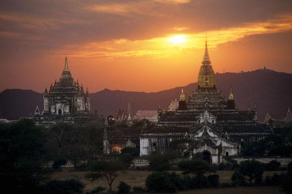 Nahezu 3000 Tempel und Pagoden stehen heute noch in Bagan.