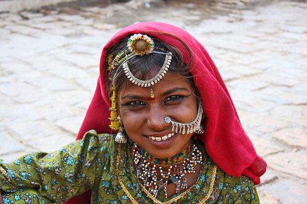 Hübsches Mädchen in Jaisalmer