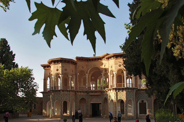 Palast in dem schönen Prinzengarten von 1850 des Kadscharenprinzen Mohammad Hasan Khan Katschar bei Mahan.
