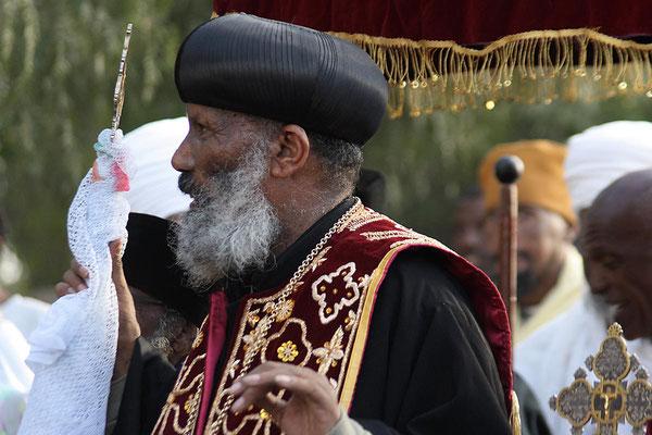 Der Patriarch von Axum in vollem Ornat.