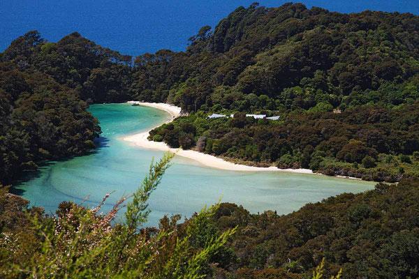 """Malerische Bucht im Naturschutzgebiet """"Abel Tasman"""""""