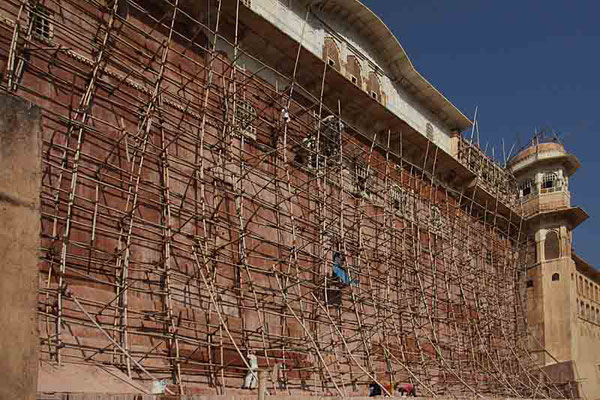 Gerüstbaukunst am Tigerfort bei Jaipur