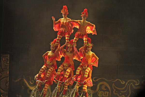 Akrobatik - Show in Peking.