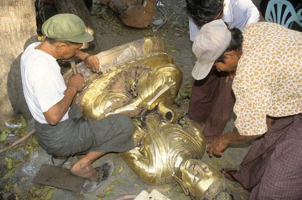 Buddha - Figuren aus Bronze gegossen sind besonders beeindruckend.