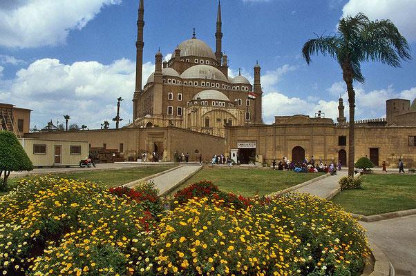 Weithin sichtbar in Kairo: Die Moschee des Mohamed Ali auf dem Zitadellenhügel.