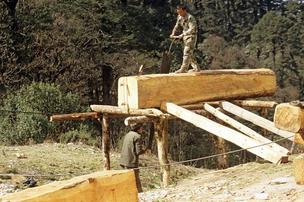 """Sägewerk"" in Bhutan."