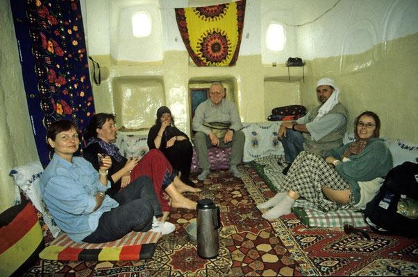 Im Mafraj, der Guten Stube unseres Gästehauses in Shaharah.