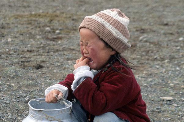 Warum weint denn die Kleine ?