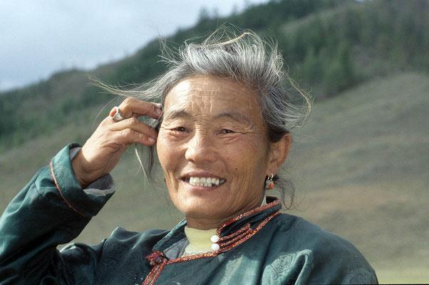 Diese Frau verkaufte uns leckere Heidelbeeren.