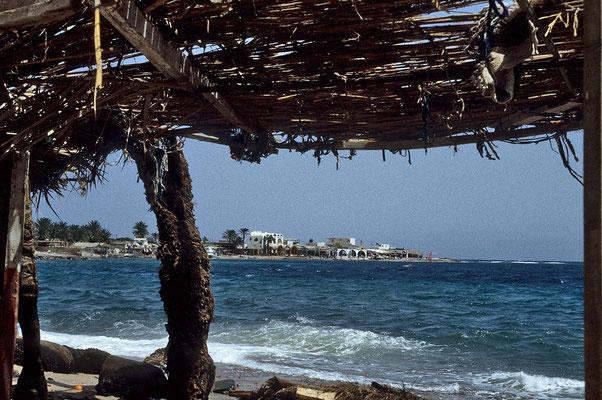 Blick auf den Golf von Akaba bei Dahab.