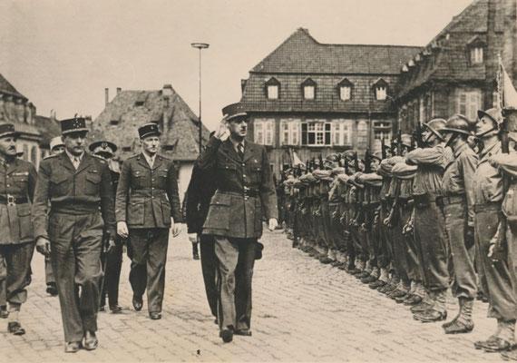 30. März 1945: General Charles de Gaulle in Speyer. Stadarchiv Speyer Fotosammlung, Nr. 000665
