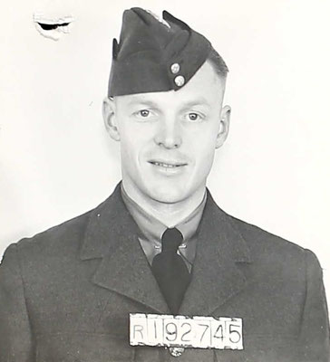 James Gilmore (Bombenschütze), RCAF