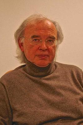 Николас Кульберг, помощник генерального директора ЦЕРНа до 2006 года, в настоящее время советником при дирекции